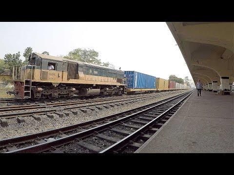 Longest Freight Train Leaving Kamalapur Railway Station, Dhaka !!