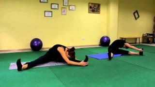 Оксисайз упражнение для растяжки сидя на полу. Видео уроки онлайн.
