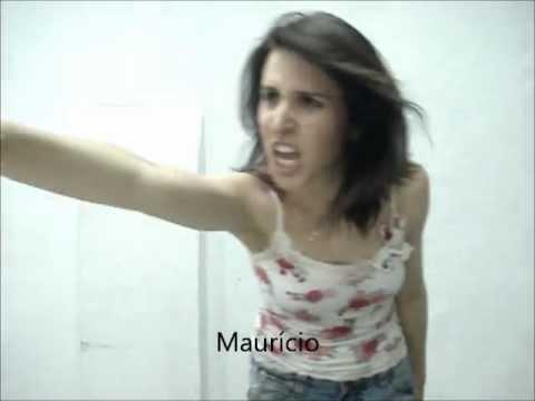 Paula imitando os professores do anglo tamandaré ahahahah :D