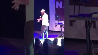 """Blanco Brown - Performs """"The Git Up"""" Live Nashville Video"""