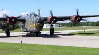 Consolidated B-24 Liberator Taxiing
