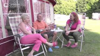 CC S04E09 - TRAVEL & CAMPSITES Thriftwood holiday park, Kent