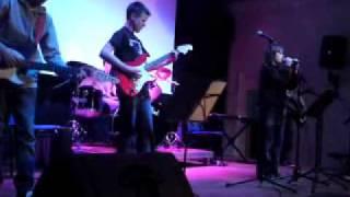 Big Hoo Ha Gig - Jeremy Davidson as lead singing New Divide Linkin Park 31 7 09
