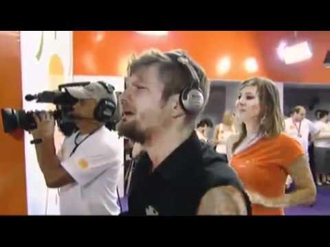 Ivete Sangalo emociona com Saulo Fernandes no Carnaval 2011.avi