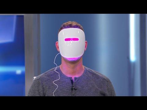 Kristen Bell's Frightening Face Mask