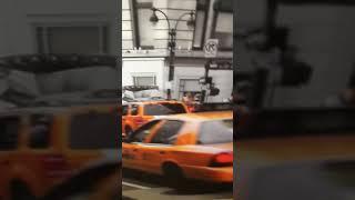 VLOG A NEW-YORK DANS UN APPART DE LUXE !! regardez mon appart je suis trop riche en même temps urine