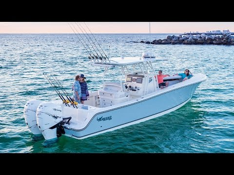 MAKO Boats: 334 CC Bluewater Family Edition Offshore Fishing Boat