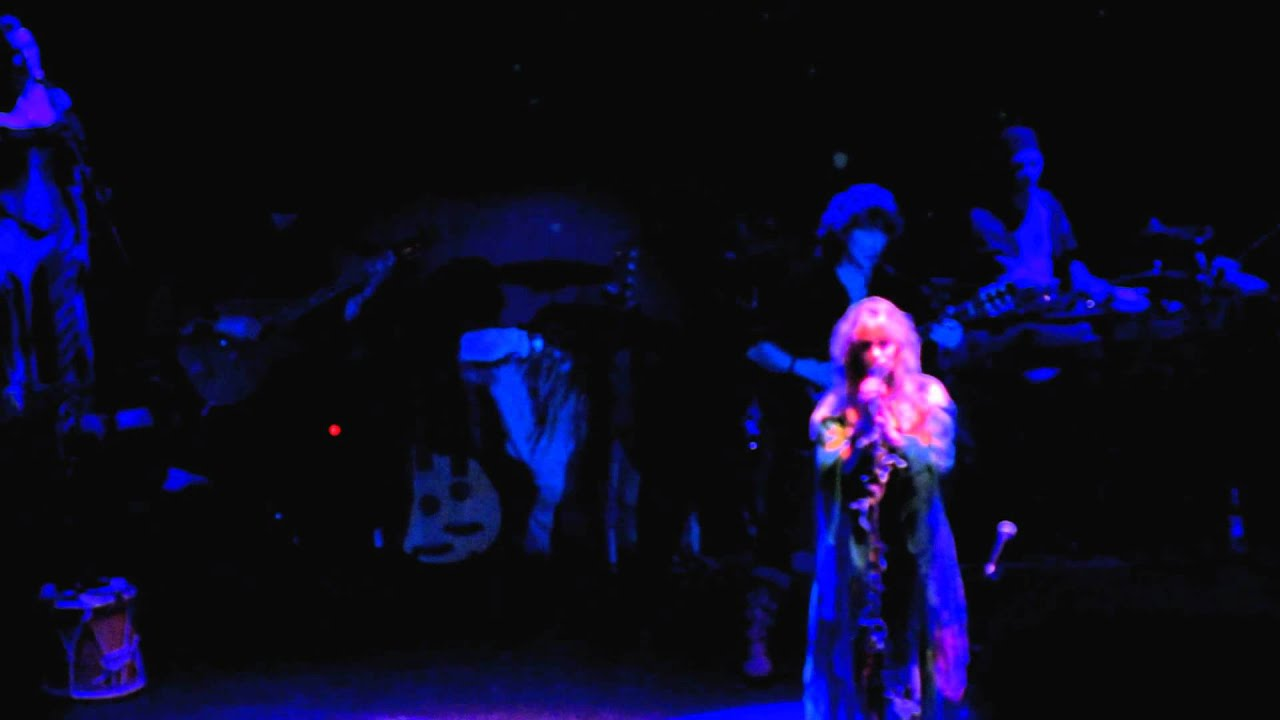 Download Blackmore's Night - Soldier Of Fortune - 2012 Berlin [HD]