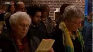 05 Det kimer nu til julefest   DR1 Juleaften 2013 i Gellerup Kirke