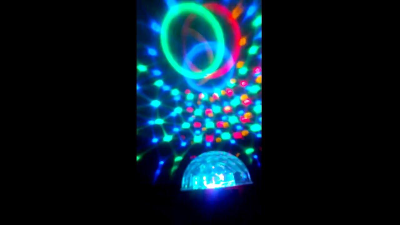 Светодиодный диско-шар magic ball light обеспечит отличное настроение в любой компании. Просто включите. Низкая цена, быстрая доставка по рф.