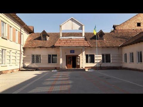 17.04.2018У Коломийській школі №5 повністю замінили вікна