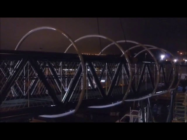 Vídeo Montaje Pasarela peatonal avenida Chayofita en Los Cristianos