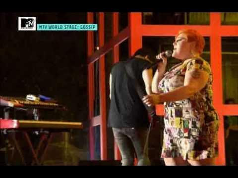 The Gossip - Men In Love (Live Porto Antico Genoa, Italy 2009)