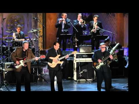 Hawaii Five-O Theme Song - The Ventures