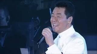 2008年12月、東京プリンスホテル鳳凰の間で行われた「五木ひろしX'maxデ...
