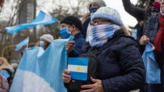 """Bocinazo y banderazo en varias ciudades del país a """"favor de la libertad"""""""