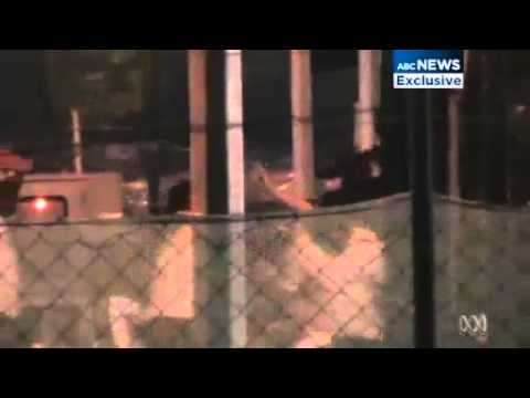 Footage of riot at Manus Island immigration detention centre in PNG
