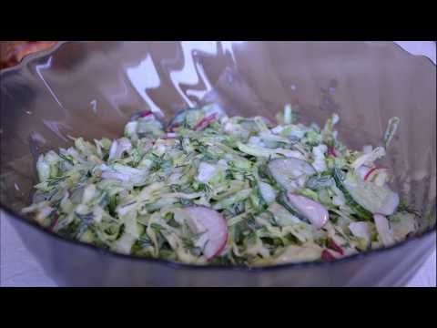 Салат с редисом, капустой, огурцом / Salad With Radish, Cabbage And Cucumber