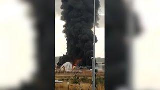 Rayo provoca explosión en la planta petroquímica de Repsol en Puertollano