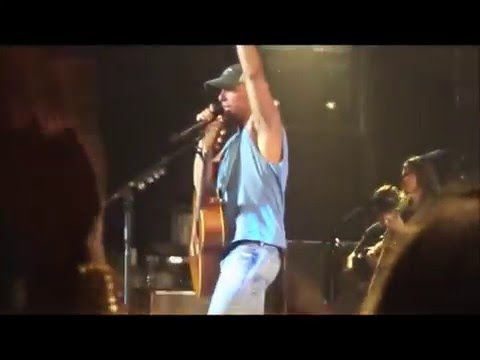 Kenny Chesney - Out Last Night (Live)