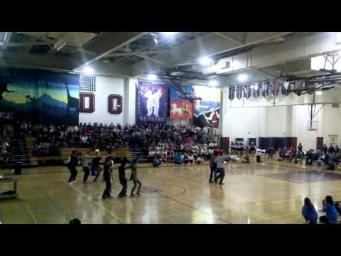 Ann Sobrato high school Jr skit class of 2017(1)