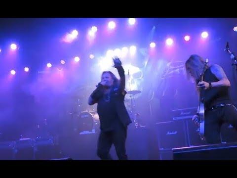 Motley Crue's Vince Neil solo tour dates for 2018 released + live video..!