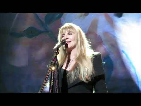 "Fleetwood Mac - ""Gypsy"" - Scottrade Center, St. Louis, MO - 10/20/18"