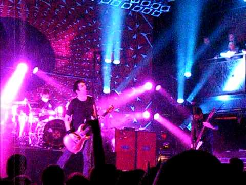 Chevelle--Wonder What's Next (live at The Norva)