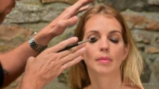 Consultez notre booklet pour voir tous les looks et produits utilisés par Marco pour ce maquillage: jmagazine.ca/articles/livre-maquillage.