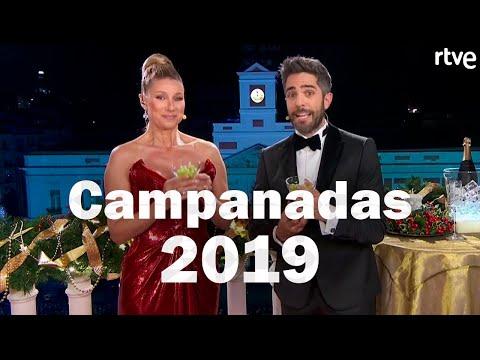 Así dieron las campanadas Cristina Pedroche y Carlos Sobera en Antena 3из YouTube · Длительность: 1 мин15 с