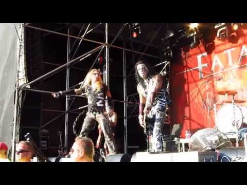 Fatal Smile - Hip Motherfucker (live @ Väsby Rock Festival) 3/8 2013