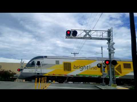 Brightline BrightGreen Crossing Flamingo Drive in West Palm Beach. A real example of the Quiet Zone