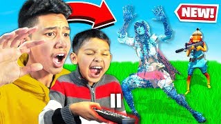 PAUSE CHALLENGE with LITTLE BROTHER for the Whole Game in Fortnite! (RAGE)