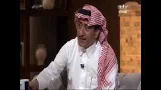 """ناصر القصبي يعترف بتشجيعه لفريق """"النصر"""" ويقبل هدية """"الهلال"""" السعوديلب"""