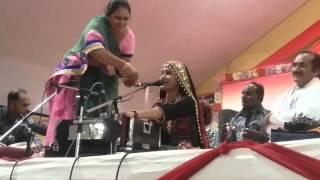 Gita Ben tappar at Valinath shiv dham