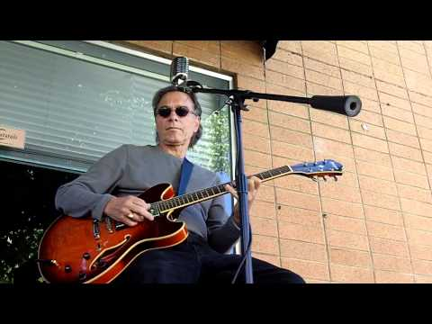Bruno Grossi, guitar - Rollin' Weed Car Show