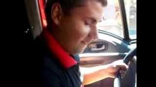 dj wagner  apresenta rodney o home que pinta pneu andando