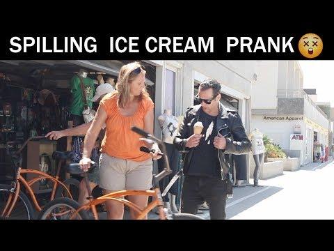 Awkward ice cream Prank 🍦😂- julien Magic