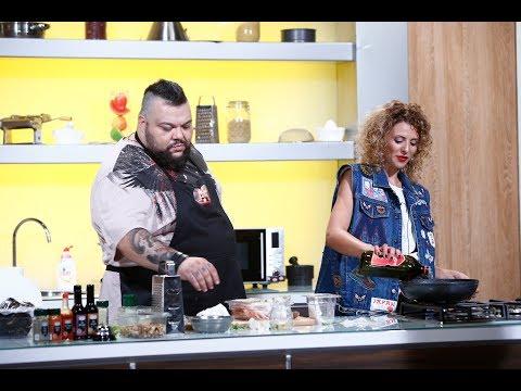 Mihai Munteanu (Munti) și Like Creața gătesc cot la cot!