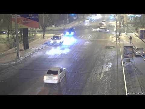 ДТП в Чите на перекрестке улиц Бокомягкова-Новобульварная