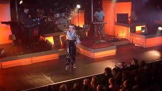 Baixar Anne-Marie - Do It Right - Live @ de Melkweg , Amsterdam - 29-3-2018