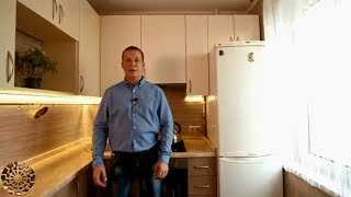 Супервместительная глянцевая кухня в хрущевку из акрила, оказалась кухней мечты.
