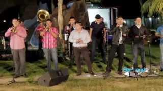 Lenin Ramirez Ft. Banda La Conquista - La Vida Del Changuito (En Vivo 2014)