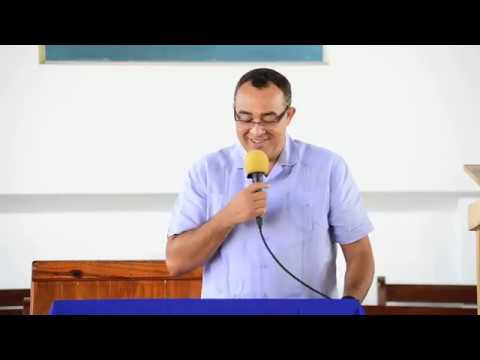 Dr. Christopher Tufton  commends the Adventist Church for its work in Health Ministries