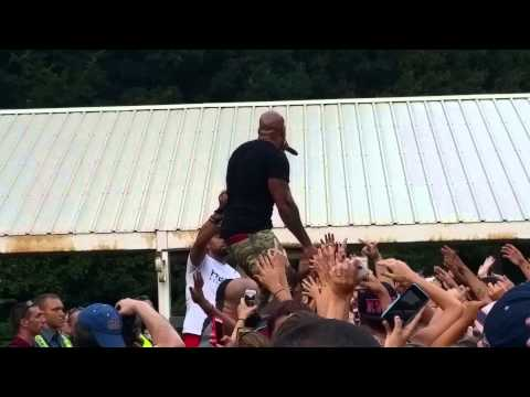Flo Rida Club Can't Handle Me Live SFNE 8/30/15