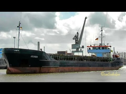 coaster ARUNDO J8B3530 IMO 8504272 Emden cargo seaship merchant vessel KüMo Seeschiff
