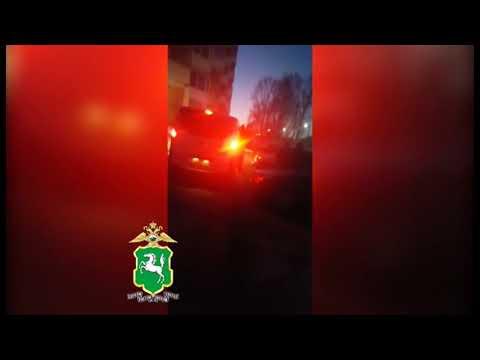 Оперативное видео по задержанию группы вымогателей в Томске