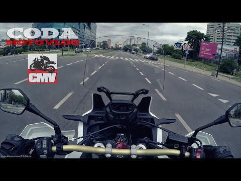 CRF1000L Africa Twin ABS DCT vs city (daily traffic) + stock exhaust sound - test drive - CMV