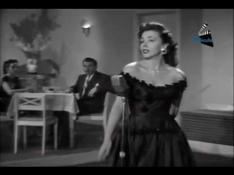 Evangelina Elizondo Canta En La Pelicula Amor Que Malo Eres.