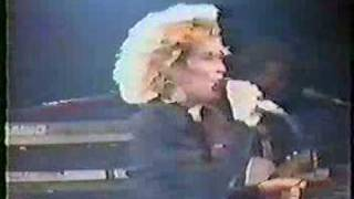 Watch Kim Wilde Ive Got So Much Love video